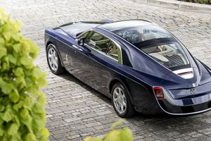 10 siêu xe đắt nhất thế giới