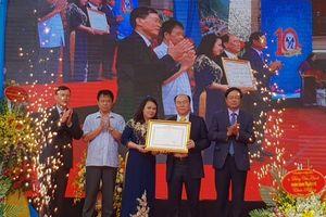 Công ty Thăng Long đón nhận bằng khen của Thủ tướng