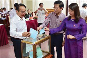 Chủ tịch HĐND Thừa Thiên-Huế có số phiếu tín nhiệm cao nhiều nhất