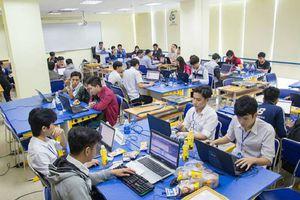 Dùng điểm rèn luyện xếp loại tốt nghiệp dù không nằm trong quy định của bộ GD - ĐT, Trường ĐH Công nghệ thông tin TPHCM nói gì?