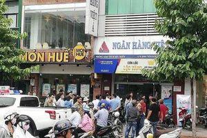 Tiết lộ số tiền cực lớn hai đối tượng cướp tại ngân hàng Việt Á