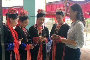 Hoành Bồ: Nâng cao kiến thức pháp luật cho phụ nữ vùng sâu, vùng xa