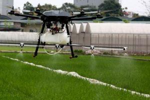 Độc đáo thiết bị bay không người lái phun thuốc bảo vệ thực vật 'Made in Vietnam'