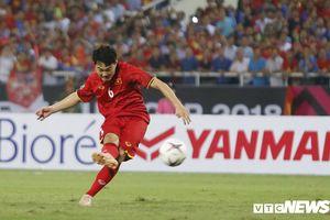 Chấm điểm tuyển Việt Nam: Quang Hải hay nhất trận, Xuân Trường chỉ điểm 6