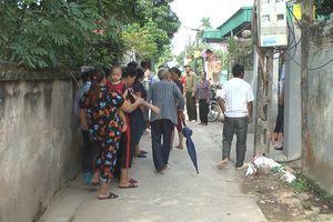 Chốt cửa tự thiêu, 2 mẹ con thương vong ở Hưng Yên