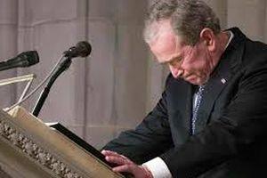 Xúc động bài điếu văn của cựu Tổng thống George W. Bush trong lễ tang cha