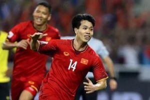 Báo Trung Quốc khen ĐT Việt Nam, lo cho đội tuyển nước nhà