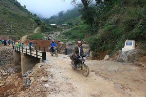 Khánh thành công trình cầu tại thôn Cu Vai (Yên Bái)