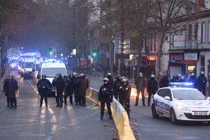 Pháp siết chặt an ninh trước đại biểu tình