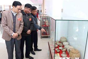Hơn 350 hiện vật quý trưng bày tại chuyên đề 'Gốm Chăm xưa và nay'