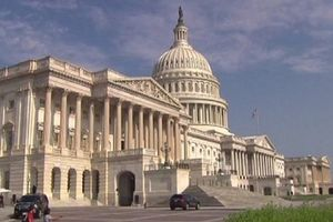 Chính phủ Mỹ sẽ không đóng cửa cho tới ngày 21/12