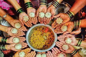 Món bánh ngọt ngào nào của Ấn Độ trông giống giọt nước mắt?