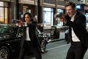 Chris Hemsworth thu hút với tạo hình mạnh mẽ trong phim mới