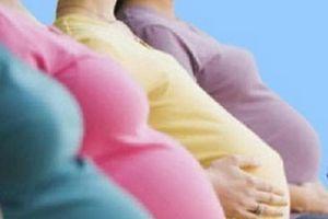 Phát hiện 8 cô gái trẻ vượt biên mang thai hộ cho người Trung Quốc