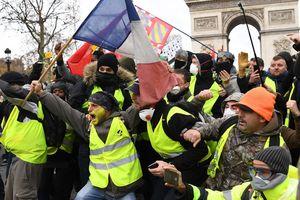 Paris 'như vùng chiến sự'
