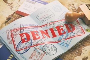 Bị Mỹ 'cấm cửa' vĩnh viễn vì khai nhầm là khủng bố