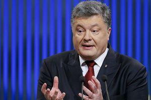 Tổng thống Poroshenko kêu gọi đóng các cảng châu Âu và Mỹ đối với tàu Nga
