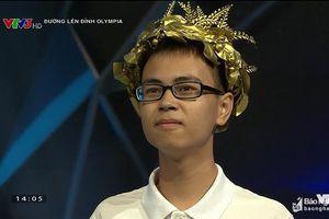 Chàng trai Nghệ An từ bỏ đội dự tuyển HSG Quốc gia để đến với cuộc thi Olympia