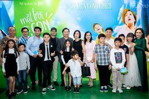 Nghệ sĩ Việt Hương kêu gọi, Huỳnh Kiến An bức xúc vì phim 'Mặt trời con ở đâu' bị dán mác cấm trẻ em dưới 13 tuổi