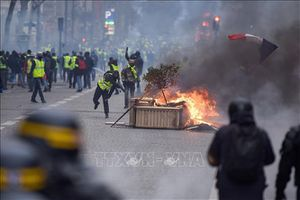 Khoảng 1.700 đối tượng bị bắt giữ trong đợt biểu tình thứ tư tại Pháp