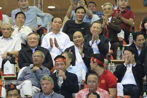 Thủ tướng Nguyễn Xuân Phúc chúc đội tuyển Việt Nam thi đấu hết mình trong 2 trận chung kết AFF Cup 2018