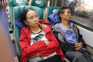 Nhiều hành khách vẫn bị mắc kẹt tại Ga Đà Nẵng