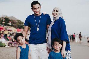 Vợ thủ quân Malaysia là diễn viên nổi tiếng, đang mang thai lần 4