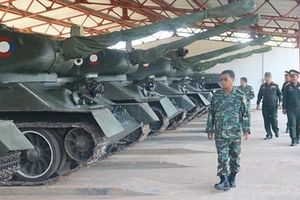 Trang bị hiện tại của Lục quân Lào