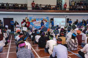 Sinh viên Việt Nam tại LB Nga hào hứng 'Rung chuông vàng'