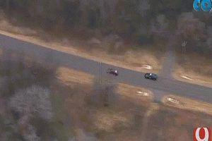 Video cảnh sát Mỹ rượt đuổi nghi phạm như phim Hollywood