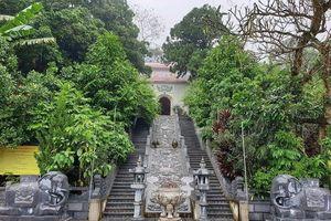Thực hành tín ngưỡng thờ Mẫu Tứ Phủ của người Việt