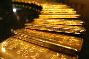 Giá vàng tiếp đà tăng trong phiên đầu tuần