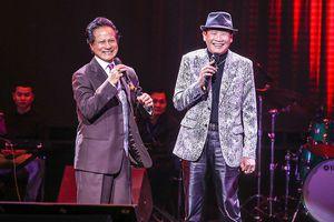 Tuấn Vũ hát loạt hit nhạc vàng một thời bên những giọng ca đình đám