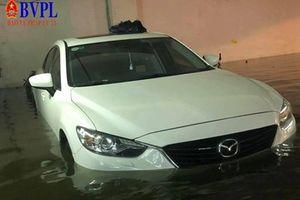 Người dân Đà Nẵng khóc ròng bởi trận ngập lụt lịch sử