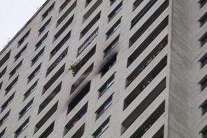 Cháy căn hộ chung cư HH3B Linh Đàm, khả năng một người tử vong