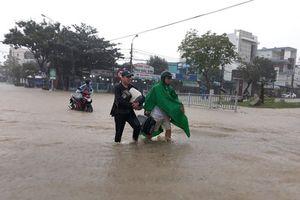 Vì sao Đà Nẵng và các tỉnh lân cận mưa to bất thường?