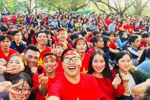 Chàng sinh viên giỏi kiêm 'thủ lĩnh' trong các phong trào tình nguyện