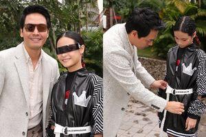 MC Phan Anh hào hứng cổ vũ con gái lớn lần đầu làm vedette diễn thời trang