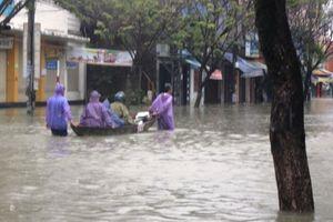Quảng Nam: Các tuyến đường ở TP Tam Kỳ ngập trong nước