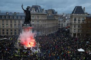 Tổng thống Pháp sẽ lên tiếng về cuộc biểu tình 'Áo vàng'