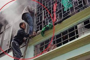 Hà Đông: Chủ nhà nạp pin xe điện qua đêm gây hỏa hoạn