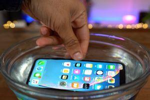 Fan 'táo' vẫn chưa thật mặn mà với iPhone mới