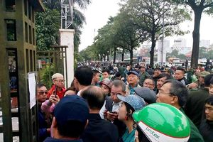 VFF hỏa tốc nhờ Bộ Tư lệnh thủ đô hỗ trợ bảo vệ trụ sở