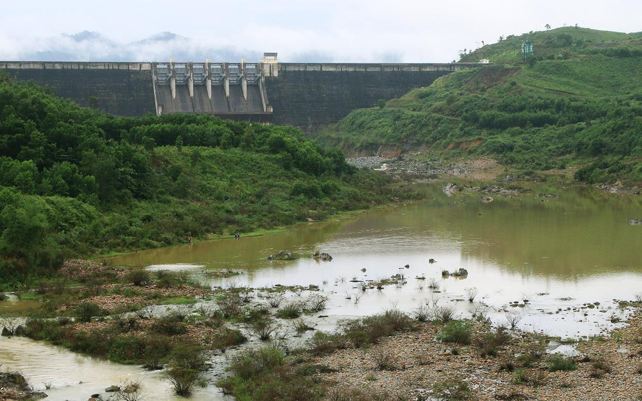 Nghịch lý Đà Nẵng, Quảng Nam ngập nặng nhưng thủy điện khô cạn