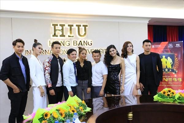 Bình Minh, Kim Nguyên làm giám khảo cuộc thi thể hình sinh viên