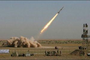 Iran xác nhận đã thử tên lửa đạn đạo bất chấp chỉ trích từ phương Tây