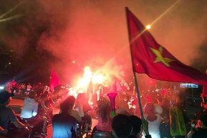 Cảnh sát Hà Nội hóa trang chống đua xe, gây rối trận chung kết lượt đi