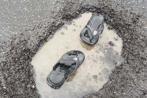 Sau mưa lớn, đường cao tốc Đà Nẵng – Quảng Ngãi 34.500 tỉ lại đầy 'ổ gà'