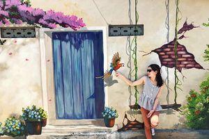 Điều thú vị ở ngôi làng bích họa đẹp như mộng tại Quảng Bình