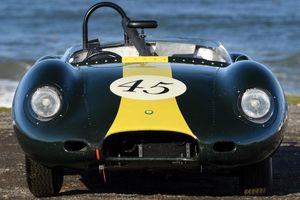 Ngắm xe đua cổ Jaguar 60 năm tuổi hàng hiếm sắp được bán đấu giá